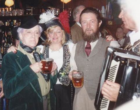 Quentin Crisp (l) with gas regain (r) early 1990s
